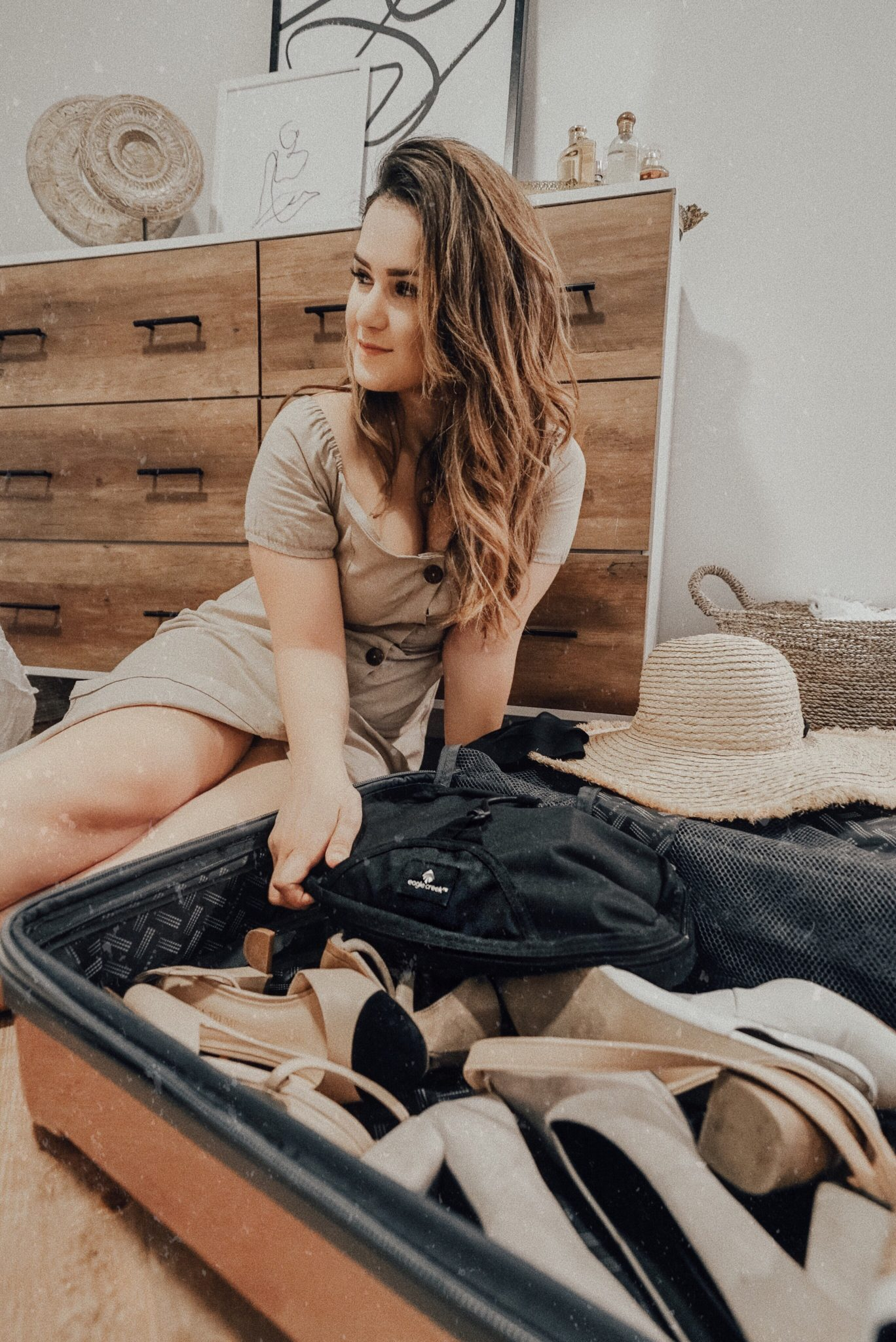 how to pack like a fashion blogger
